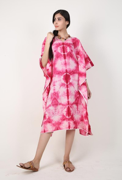 pink-clamp-dyed-kaftan-with-white-lace
