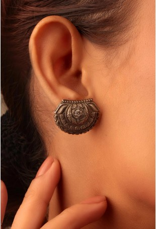 Ekavali 80% Silver Earrings