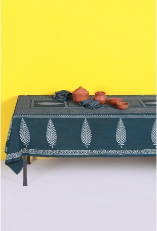 Indigo Blue Set of Tablecloth, Runner and Six Table Mats