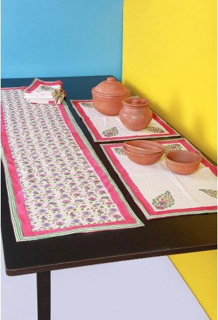 Set of six Table-mats and Runner with Mughal motifs