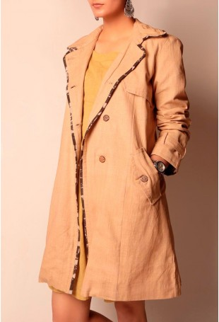 Beige cotton linen trench coat with wooden button