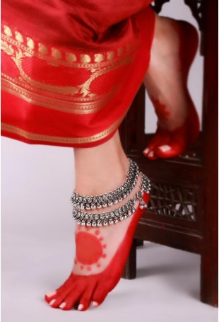 Aziz Silver-plated Ghunghroo Lambani Double-layered Anklets