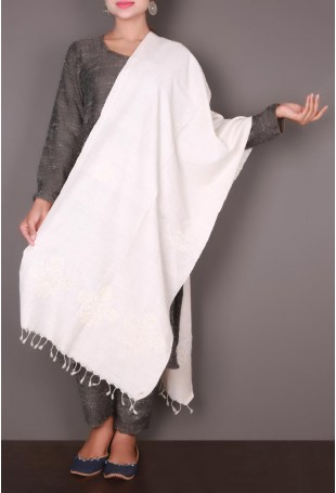 White Embroidered Kutch Stole
