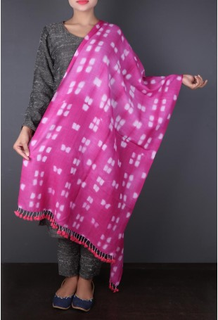Pink Woolen Stole with White Clamp-dyed motifs