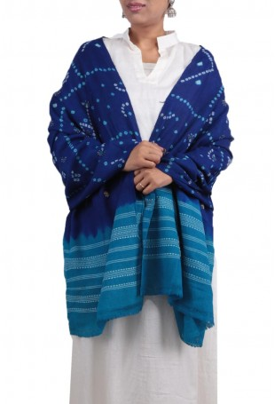 Sky blue & blue mirror embroidered bandhani shawl