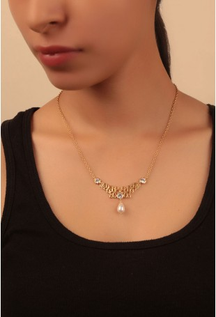 Gold Finish Necklace with a Pearl Drop